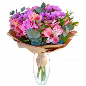 Букет з троянд, альстромерії, хризантеми та евкаліпту